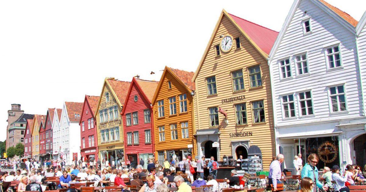 Bergen la citt dei pescatori euromaster life - Case norvegesi interni ...
